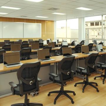 Classroom_MacBook_01_V1_00000_1080p