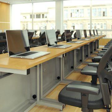 Classroom_MacBook_01_V1_00002_1080p