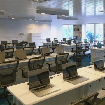 Classroom_05_Variation_02_V1.2_0001_720p
